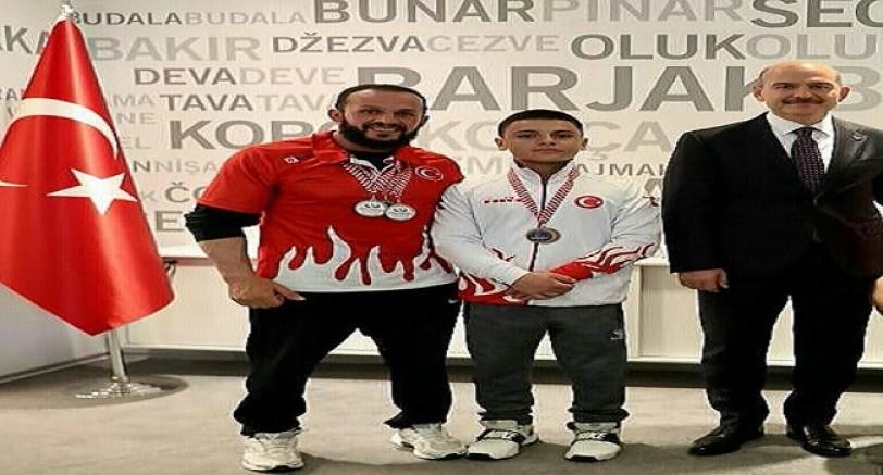 Bilek Güreşçilerden 2Gümüş 1 Bronz