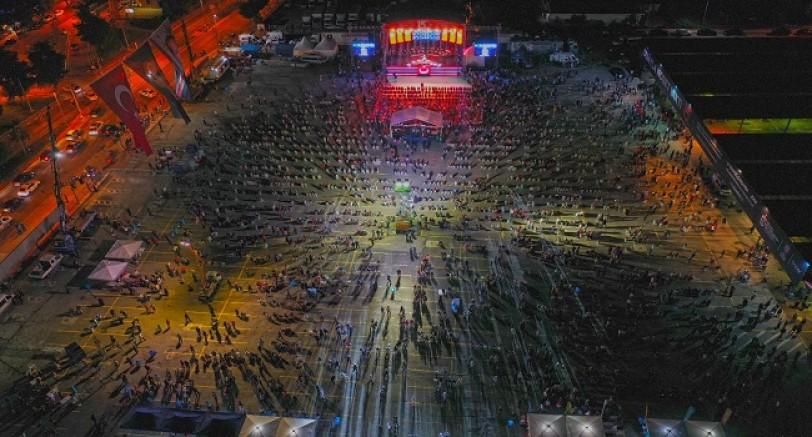 Binlerce Kocaeli'li 15 Temmuz Şehitleri İçin Buluştu