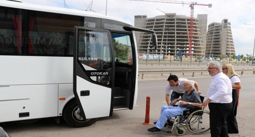 Büyükşehir'den Ücretsiz Hasta Taşıma Hizmeti