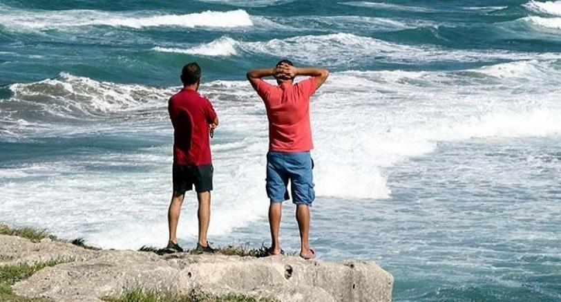 Denize Giren 2 Çocuktan Biri Kayboldu