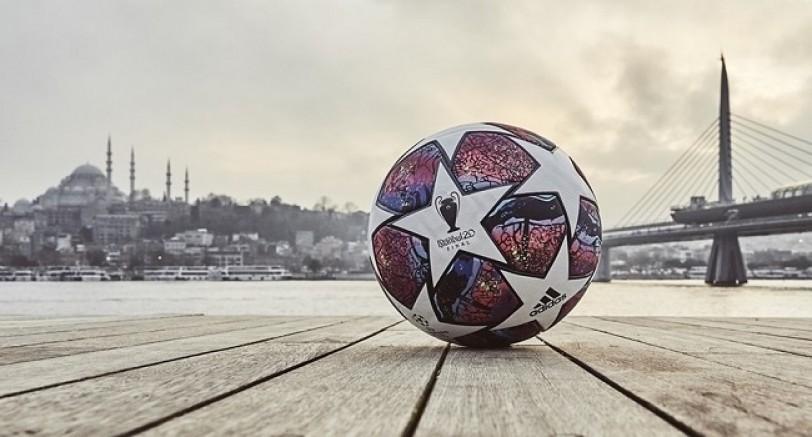 En Büyük Kupa'nın Final Topunda İstanbul Detayı