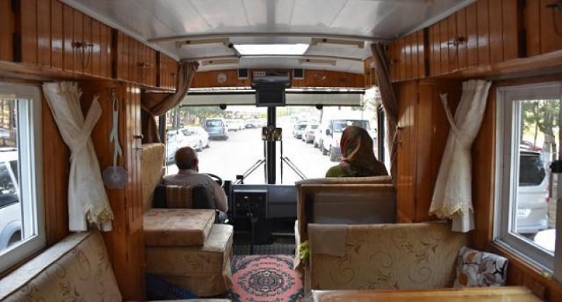 Eski Minibüsünü Karavana Dönüştürdü Türkiye'yi Geziyor