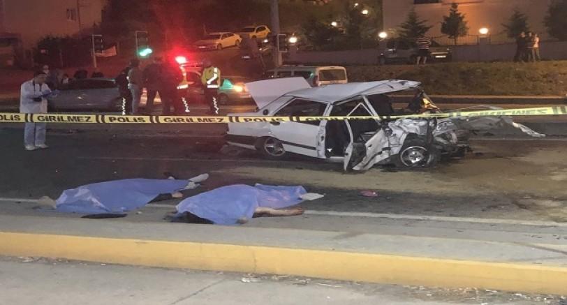 Feci Kaza 2 Ölü 3 Yaralı