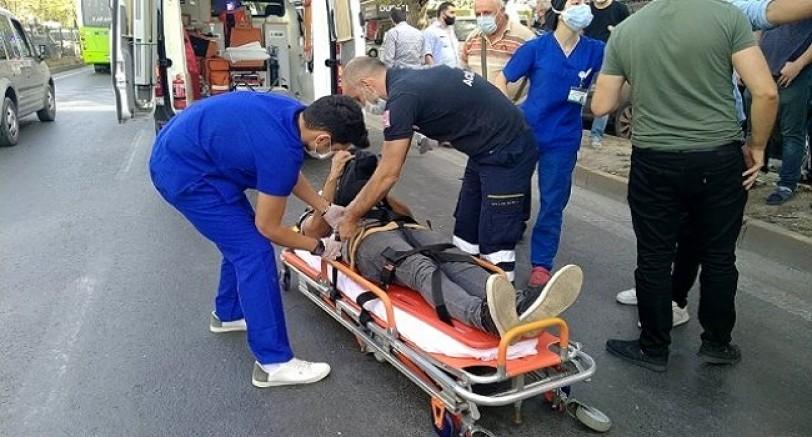 Halk Otobüsüne Tır Çarptı 4 Yaralı
