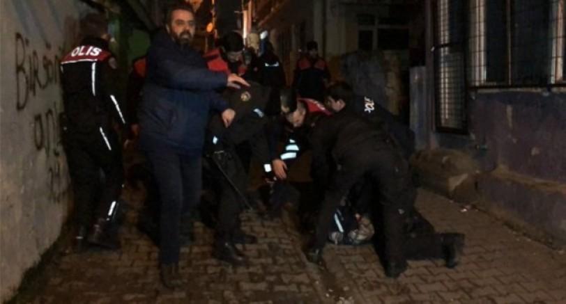 İzmit'te Taşlı Sopalı Kavga 6 Polis Yaralandı
