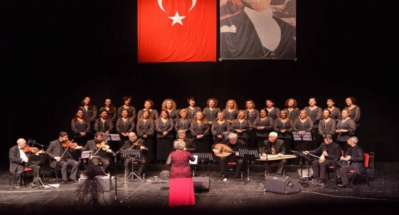 Kadınlar Kororsundan Nostalji Konseri