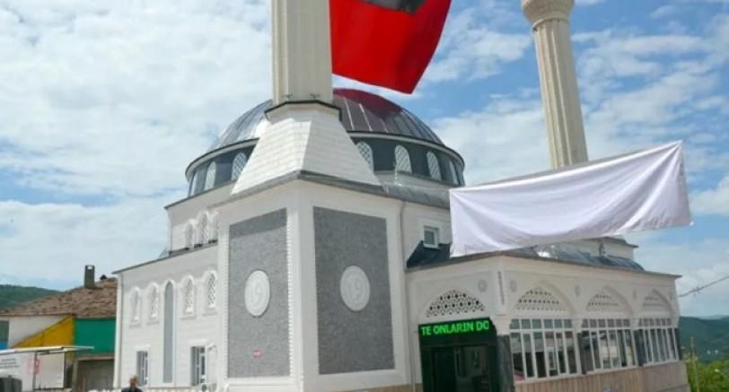 Karamürsel'de Cuma Namazı Kılınacak Mekanlar