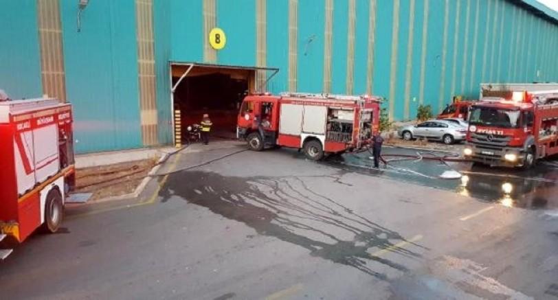Kartepe'de Fabrika'da Çıkan Yangın Korkuttu