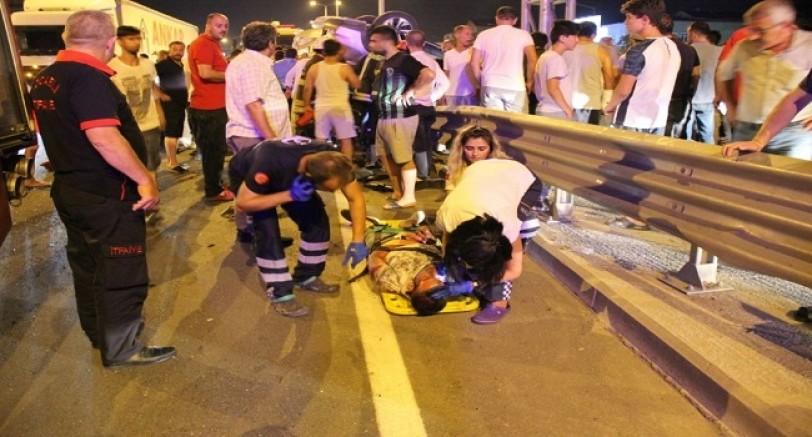 Kartepe'de Feci Kaza 1 Ölü 3 Yaralı