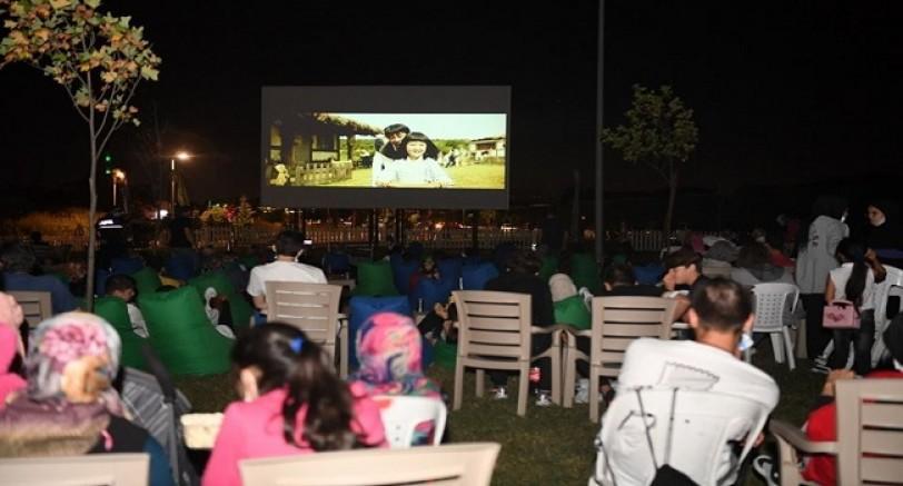 Kartepe'de Sinema Geceleri 'Ayla' Filmi İle Devam Etti