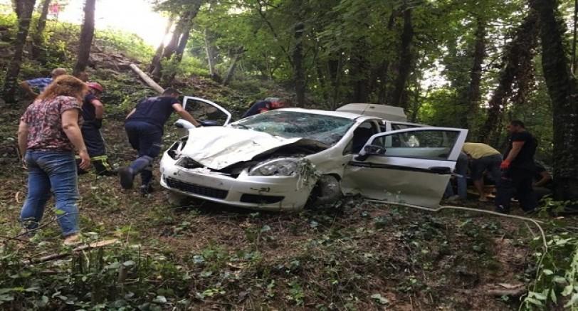 Kartepe Yolunda Kaza 1 Ölü 4 Yaralı