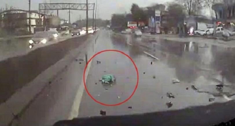 Kaza Sonrası Yürekleri Sızlatan Görüntü