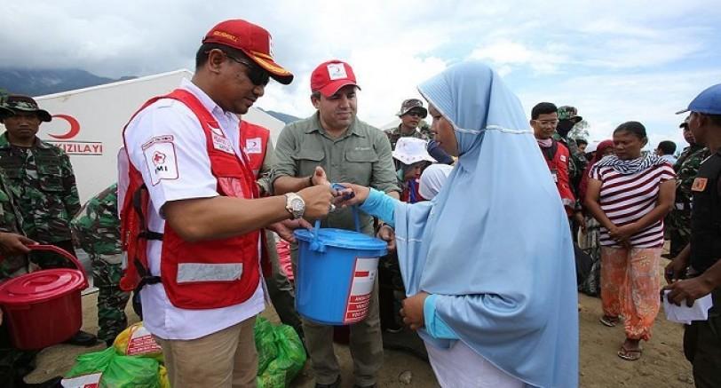 Kızılay'dan Endonezya'ya Yardım