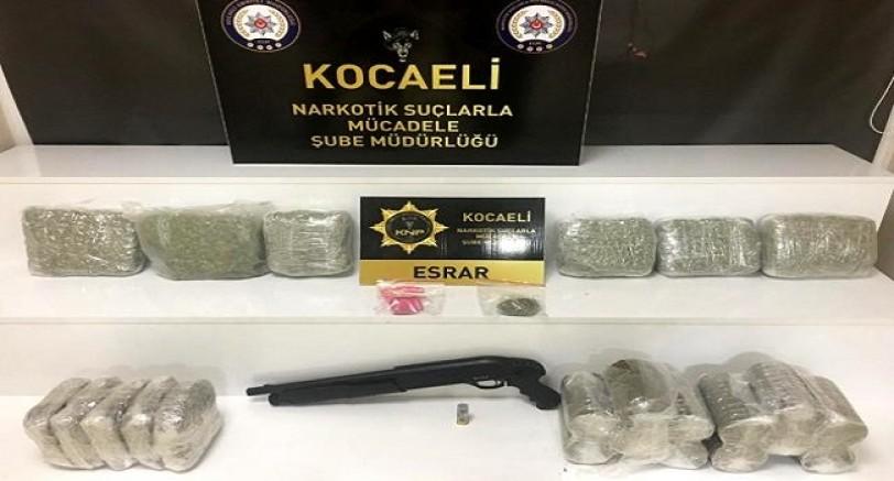 Kocaeli'de Uyuşturucu Operasyonu 11 Kilo 900 Gr Esrar