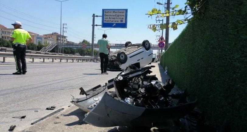 Kontrolden Çıkan Araç Takla Attı 2 Yaralı