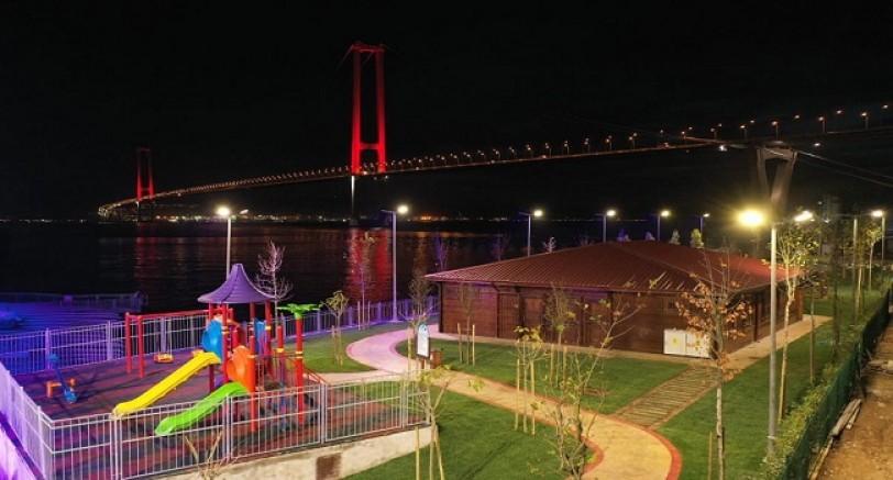 Köprü Manzaralı Sahil Parkı Tamamlandı