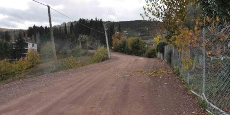 Köy Yolları Toprak Setlerle Kapatıldı