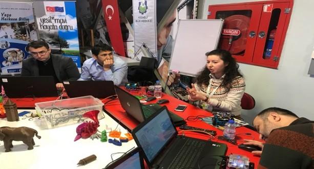 Öğretmenlere Robotik Kodlama Eğitimi