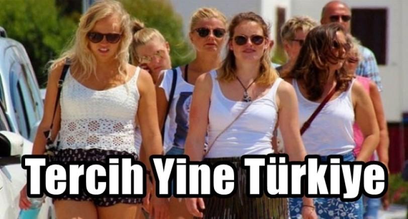 Rus Türistler Türkiye'yi Tercih Ediyor