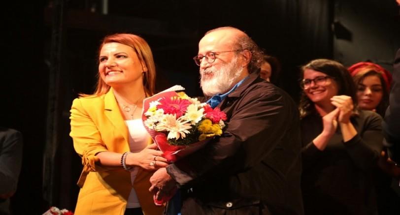 Şehir Tiyatroları, ''İlerleme'' Oyunuyla Perde Dedi
