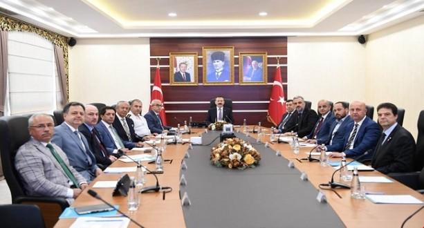Vali Aksoy İl Başkanlarıyla Görüştü